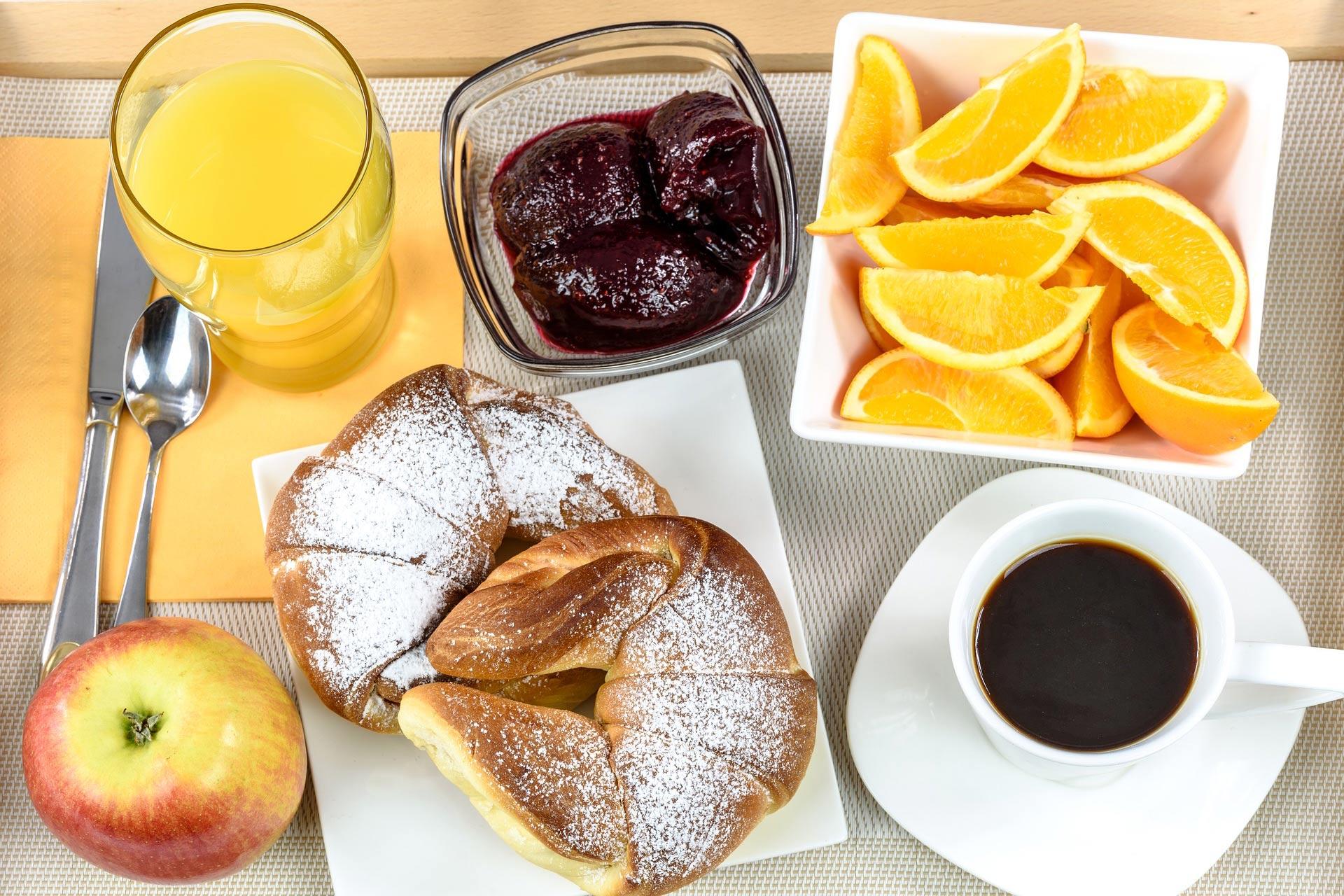 breakfast-hotel-1921530_1920