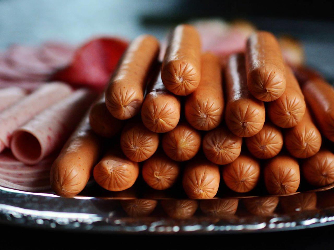 sausage-2127682_1920